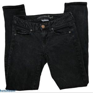 American Eagle black super stretch skinny jeans 4
